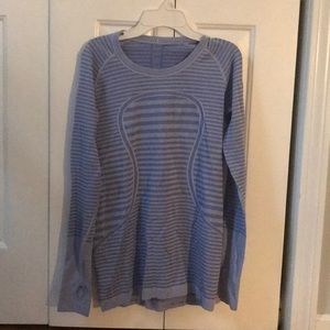 Lululemon swiftly tech long sleeve size 8